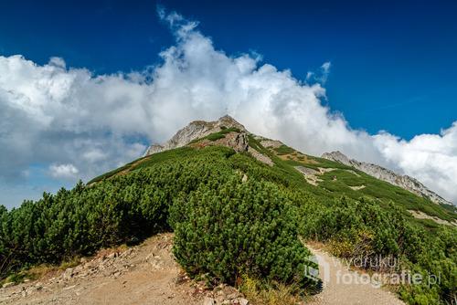 Kondracka Przełęcz, jeszcze 40 minut i szczyt Giewontu będzie zdobyty! Październik 2016.