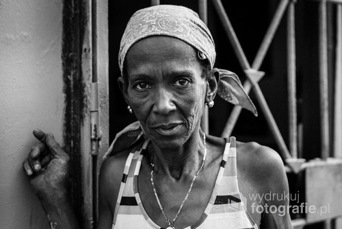 There's no a spoken word needed, to see it in her eyes. Havana, Cuba 2016.