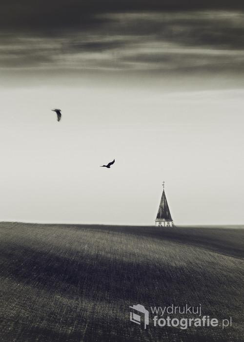 fotografia wizjonerska z uzyciem thilta w polach za Raciborzem