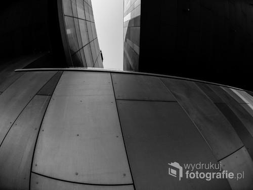 Centrum Nauki Kopernik od strony Wisły/ f4 16mm 1/640s ISO 100 Nikon D610
