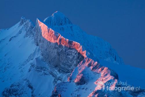 Wschód słońca w Tatrach Bielskich. Fotografia nagrodzona m.in. w Międzynarodowym Festiwalu Fotografii Przyrodniczej Sztuka Natury w Toruniu.