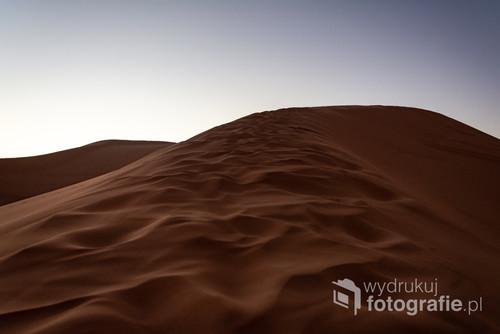 Zachód słońca na wydmach, Merzuga, Maroko