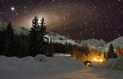 Stojąc w górach Madonny di Campiglio fotografowałem Galaktykę Andromedy która pędzi do nas z olbrzymią predkościa, a wszyscy sobie smacznie spią. Kiedyś obudzi potężny błysk