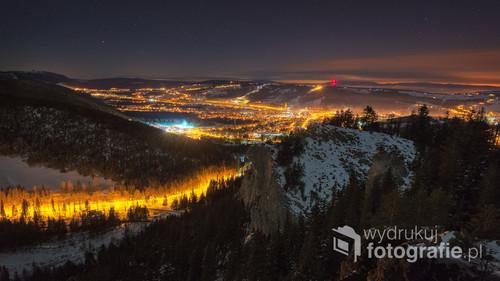 Styczeń 2017, widok na rozświetlone Zakopane nocą