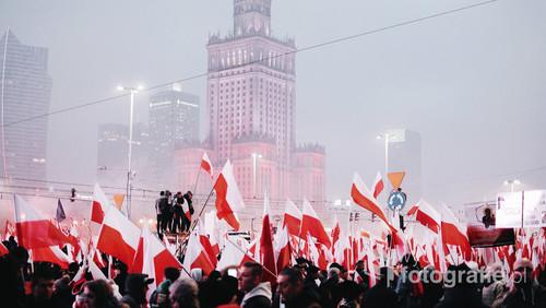 Tytuł: 100 years anniversary Lokalizacja: Warszawa  Autor: Mauro Carrara