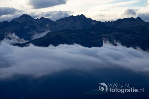 Dolomites Brenta, Italy Dolomiti Brenta, Italia