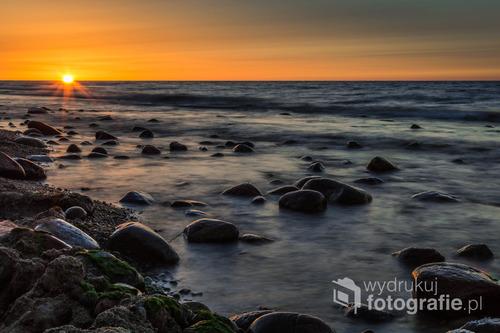 Sierpniowy zachód Słońca na Rozewiu.