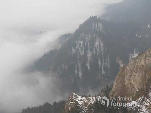 Mgły w Pieninach, zima 2018 (widok z Trzech Koron).