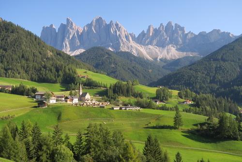 Santa Maddalena, Dolomity, Włochy.
