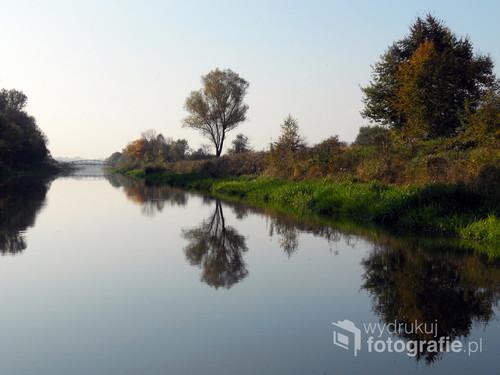 Fotografia zrobiona w 2014 roku w trakcie spływu Wisłą galarem z Krakowa do Łączan.