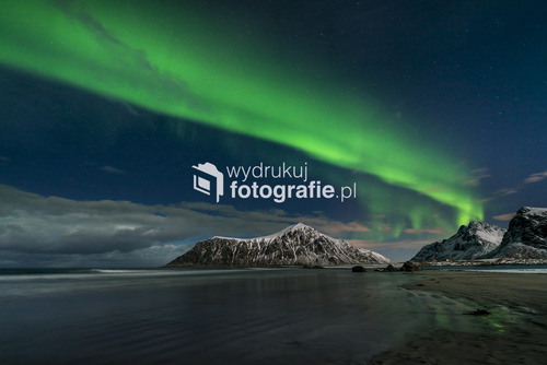 Zorza polarna na wyspach Lofoty, Norwegia, marzec 2016