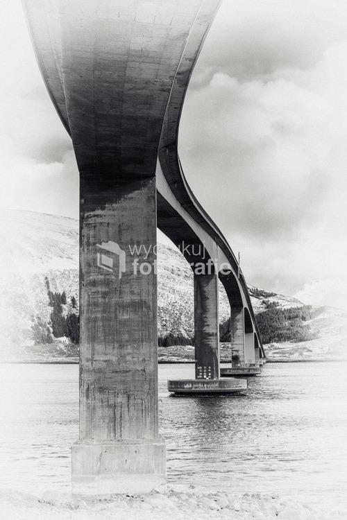 Most na wyspach Lofoty, Norwegia