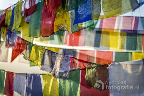 Tybetańskie flagi modlitewne