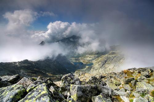 Widok z najwyższego szczytu Polski (Rysy 2499 m n.p.m.)