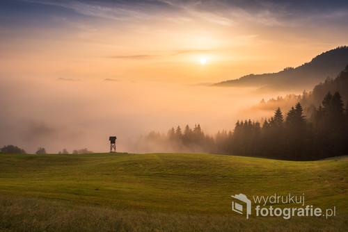 Mglisty poranek w Słowenii