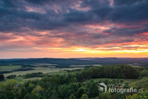 Płonące niebo w górach Świętokrzyskich