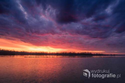 Chmury podczas wschodu słońca
