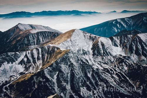 Zdjęcie wykonane z okolic Przełęczy Świnickiej, Tatry