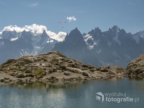 Panorama Lac Blanc to jedno z piękniejszych miejsc w Alpach. Zdjęcie cieszyło się niesamowitą popularnością podczas licytacji WOŚP.