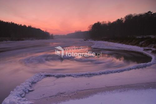 Warta  zimą w okolicach Wronek