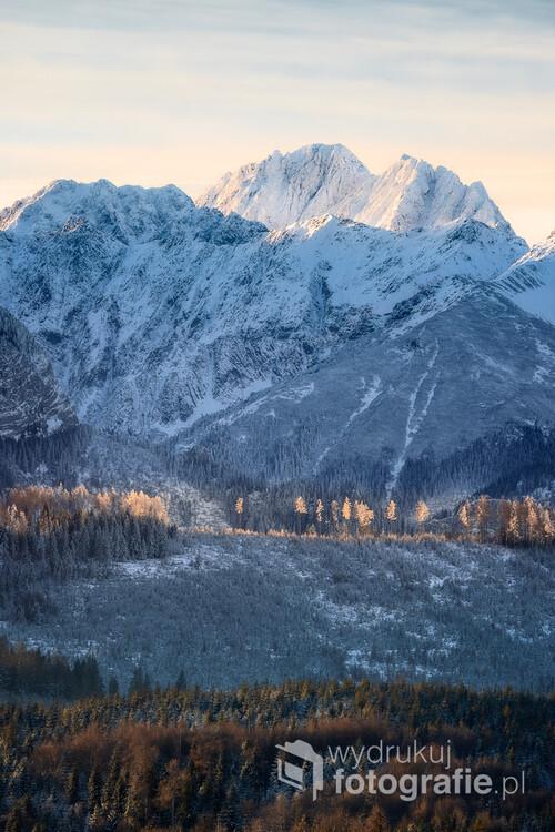 Gerlach (2655 m) jest najwyższym szczytem Wysokich Tatr i Republiki Słowackiej. Znajduje się na południowo-wschodniej stronie Pasma Zadniego Gerlacha, od którego dzieli go Gerlachowska Przełęcz.
