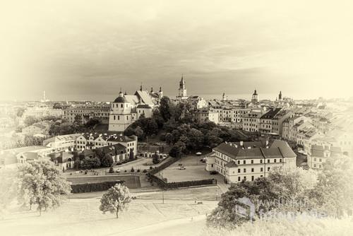 Współczesna fotografia Lublina przekształcona do postaci jaką miały fotografie w XIX wieku