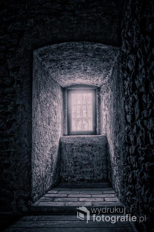 Gdzieś daleko, w starym zamku