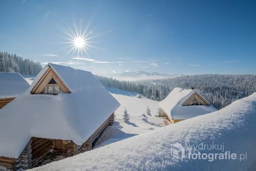 Fotografia została wykonana z tarasu widokowego w Karczmie Szymkowka.