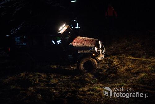 Jeep Wrangler Jurka na nocnym odcinku Cytrynowej Wiosny 4x4 organizowanej przez task4x4 i mazury4x4.