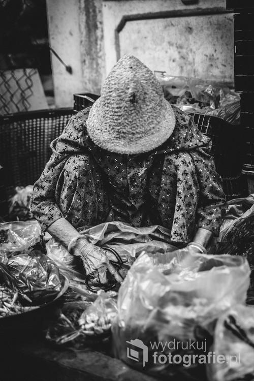 Zdjęcie zostało wykonane w Wietnamie rok 2018. Technika Cyfrowa.Kobieta przy pracy !