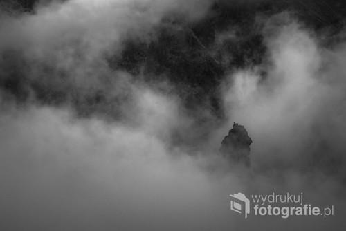 Niniejsza fotografia zajęła 1-sze miejsce w konkursie fotograficznym organizowanym z okazji festiwalu górskiego w Rudzie Śląskiej - XII    Spotkań Górskich