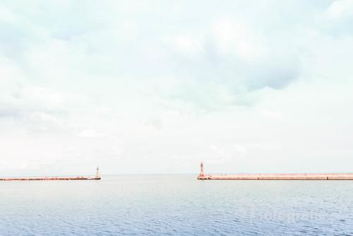 Wejście do Stoczni Remontowej w Gdyni. Minimalizm i spokój w czystej postaci, choć sama stocznia tętni życiem.