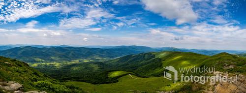 Widok z Tarnicy na moje ulubione góry.