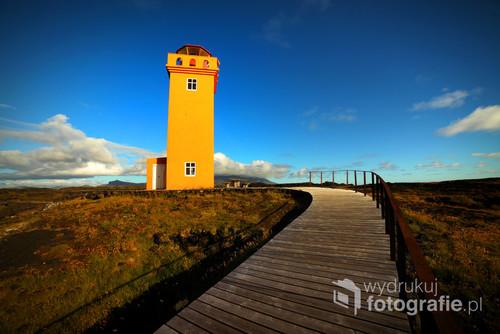 Pogodny dzień na zachodzie Islandii.