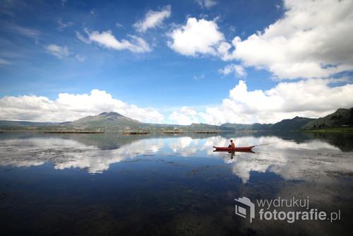 Jezioro Batur na północy Bali.