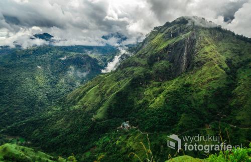 Krajobraz roztaczający się ze szczytu Little Adam's Peak, Sri Lanka 2015