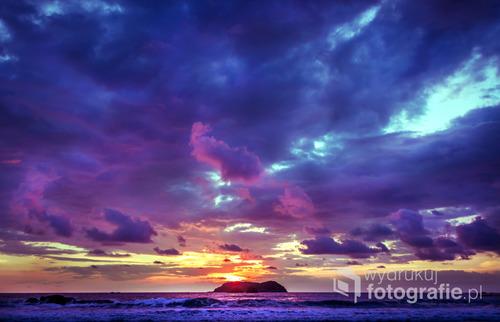 Zachód słońca na plaży Manuel Antonio, Kostaryka 2015