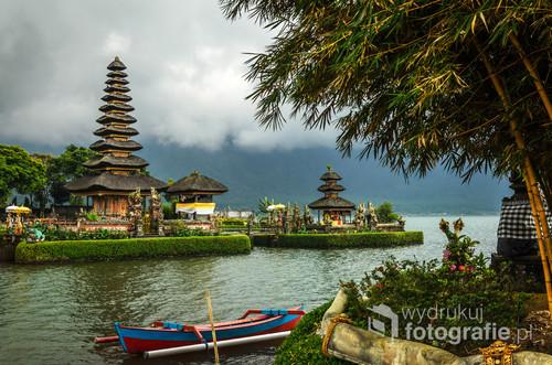 Hinduska świątynia Pura Ulun Danu Bratan - Bali, Indonezja 2016