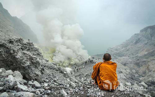 Krater wulkanu Ijen. Jawa, Indonezja 2016.
