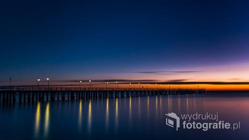Zdjęcie zrobione przed wschodem słońca w lutym 2019 - Gdynia Orłowo