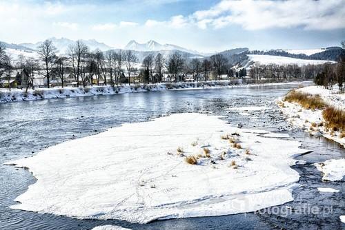 Sromowce Niżne, rzeka Dunajec zimą