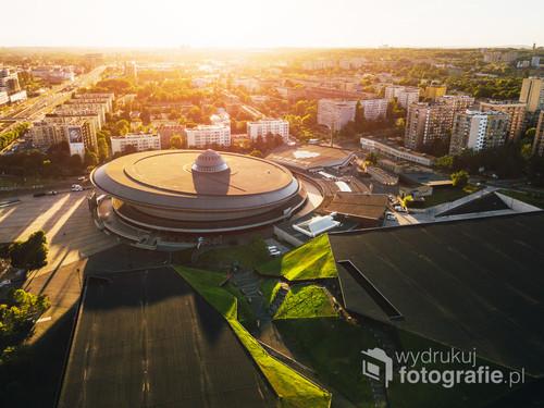 Katowice Spodek i MCK /Podobno najciekawsze zdjęcia powstają dzięki przypadkowi...  Kolekcja: Lato 2017