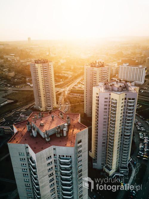 Katowice Osiedle Gwiazdy /Nie wszystkich gwiazd należy szukać na niebie!  Kolekcja: Wiosna 2019