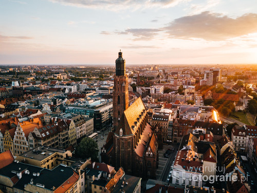 Wrocław Parafia Św. Elżbiety Węgierskiej /I mimo upływu ponad pół tysiąclecia dalej wzbudza podziw!  Kolekcja: Wiosna 2019