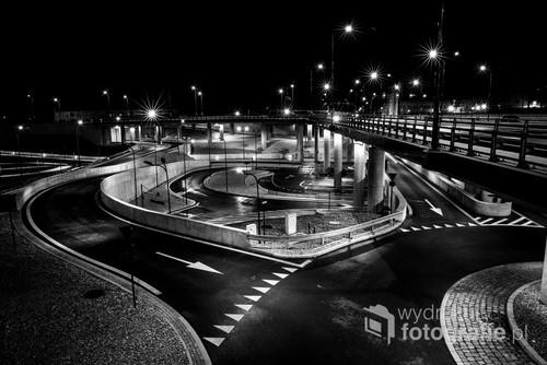 nocne miejskie wędrówki