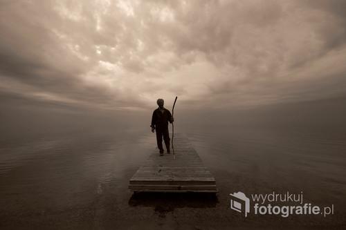 Fotografia wykonana nad Jeziorem Śniardwy. Fotografia na płótnie o wymiarach 100x70 znajduje się u Jancia i zachwyca oglądających.