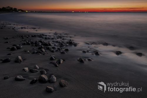 Fotografię wykonałem pod koniec września 2016 w Międzyzdrojach tuż po zachodzie Słońca. Międzyzdroje, PL