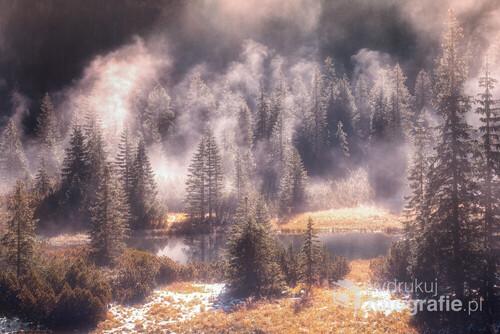 Piękne mgły i światło w drodze nad Morskie Oko...