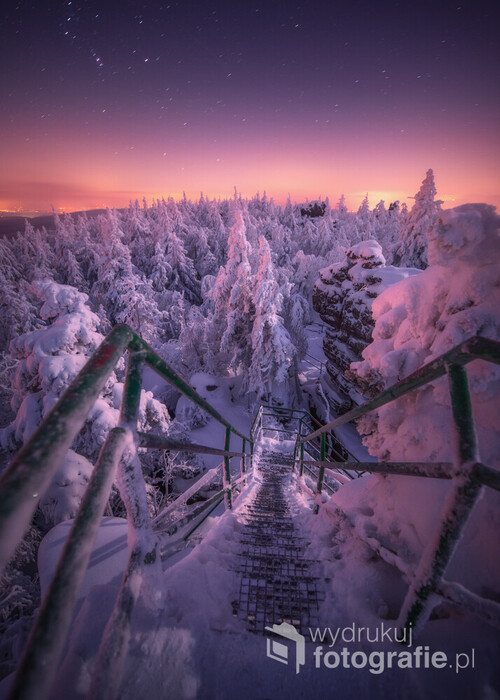 Zejście to znajduje się na Szczelińcu Wielkim, miejscu pięknym o każdej porze roku ❄