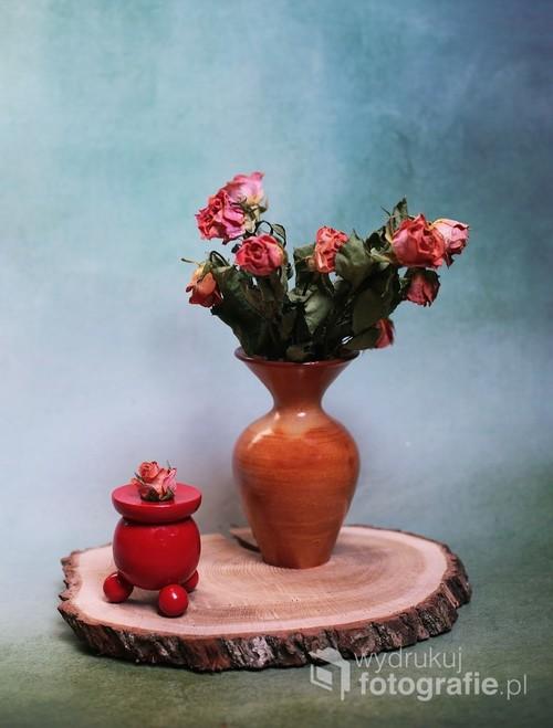 martwa natura z bukietem róż